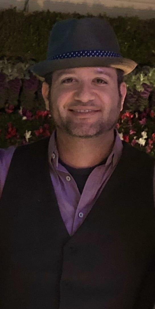 Eric Cantu, founder of WorkFromYourLaptop.com