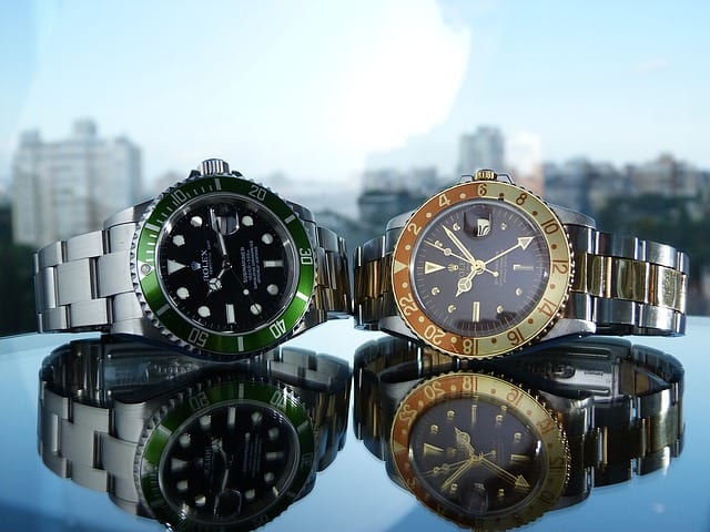 wayward wristwatches scam - luxury watches